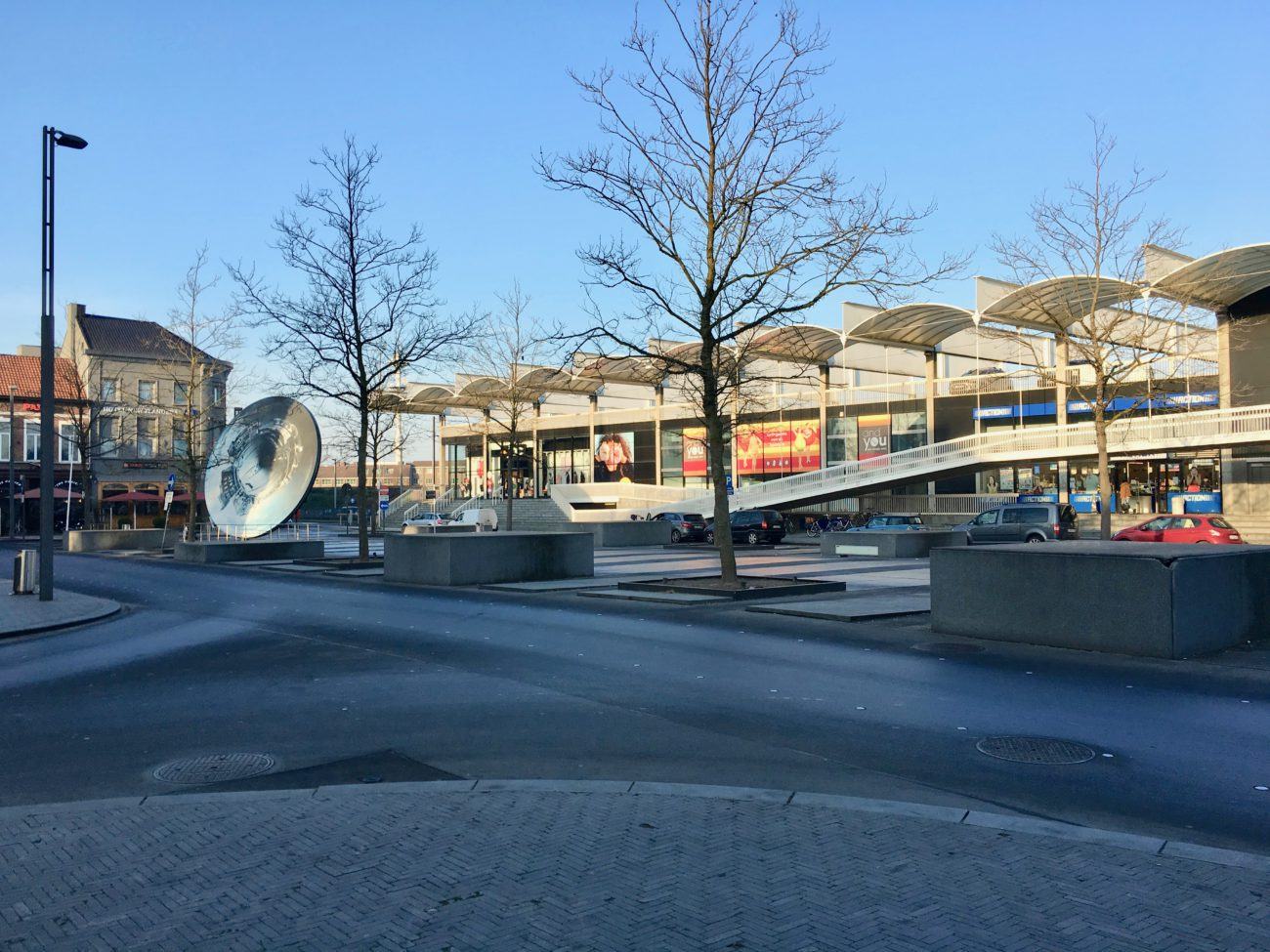 Plaza Express Sint-Niklaas Stationsplein winkels