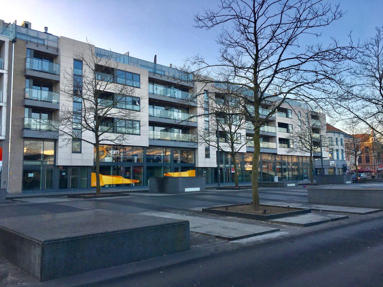Plaza Express Sint-Niklaas Stationsplein Appartementen Zijgevel